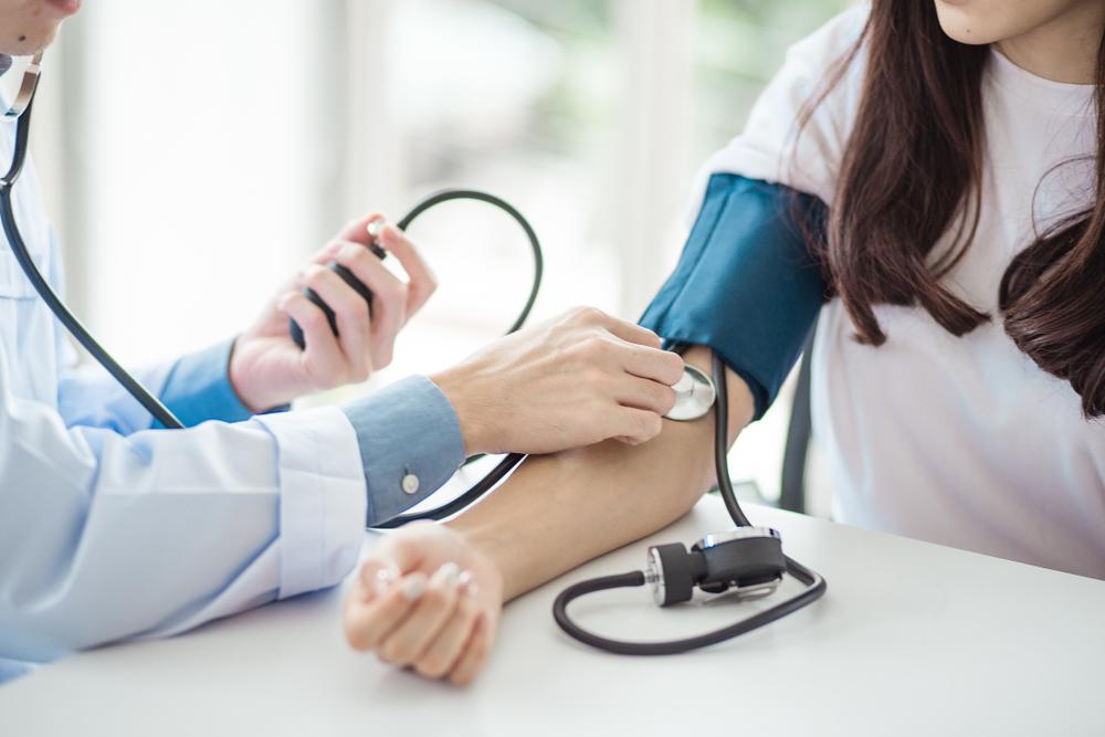 pressoterápia és magas vérnyomás magas vérnyomás légzés visszatartása
