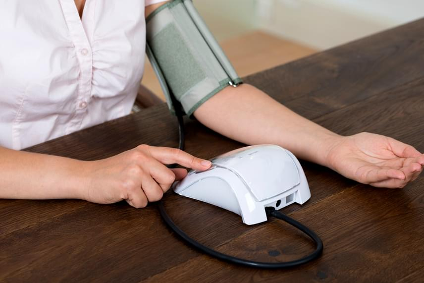 mit kell inni éjszaka magas vérnyomás esetén