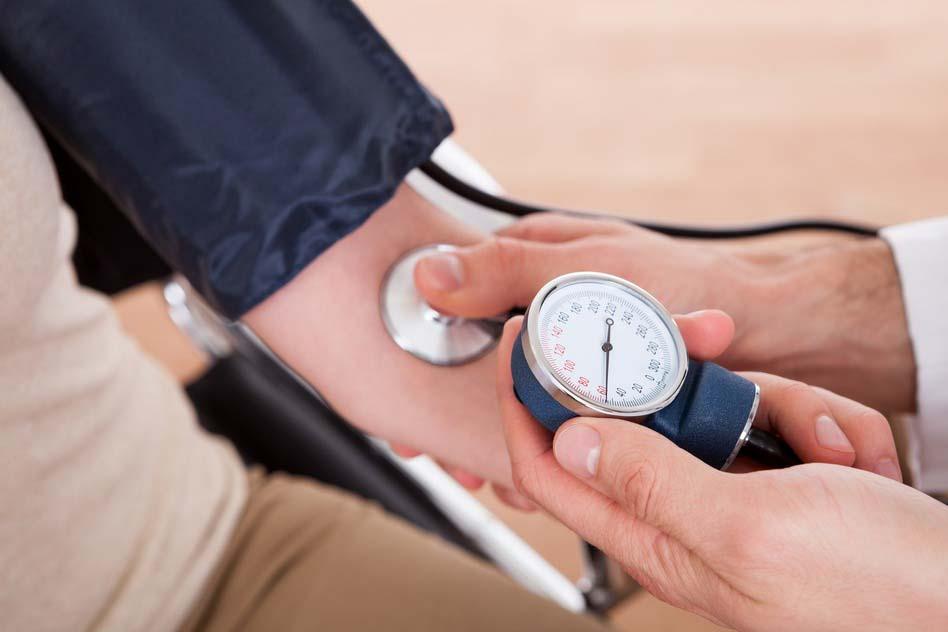 magas vérnyomásban szenvedő panzeria